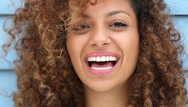 Advanced Laser Teeth Whitening